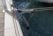 Mar Abierto - El amortiguador Confort se instala y funciona en paralelo a las am