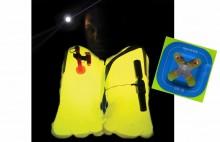 Mar Abierto - El LED adosado a una batería del Lume-on de Spinlock multiplica la