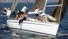 Mar Abierto - En regata como en crucero, cada maniobra requiere un detenido anál