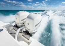 Mar Abierto - El Mercury Verado 400 se ofrece en color negro y en tres tonos de