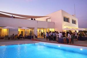 Mar Abierto - La nueva casa club del CN Premià la conforman siete módulos indepe