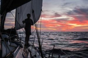 Mar Abierto - Cuando el sol se pone, lo único que queda en el horizonte son las