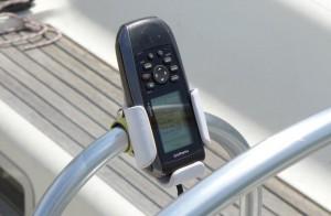Mar Abierto - En caso de 'blackout' electrónico, el GPS73 de Garmin lleva la nav