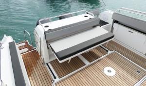 Mar Abierto - La bañera puede configurarse para la pesca o el crucero dependiend