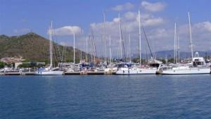 Los veleros -aun- predominan en este puerto de ambiente familiar